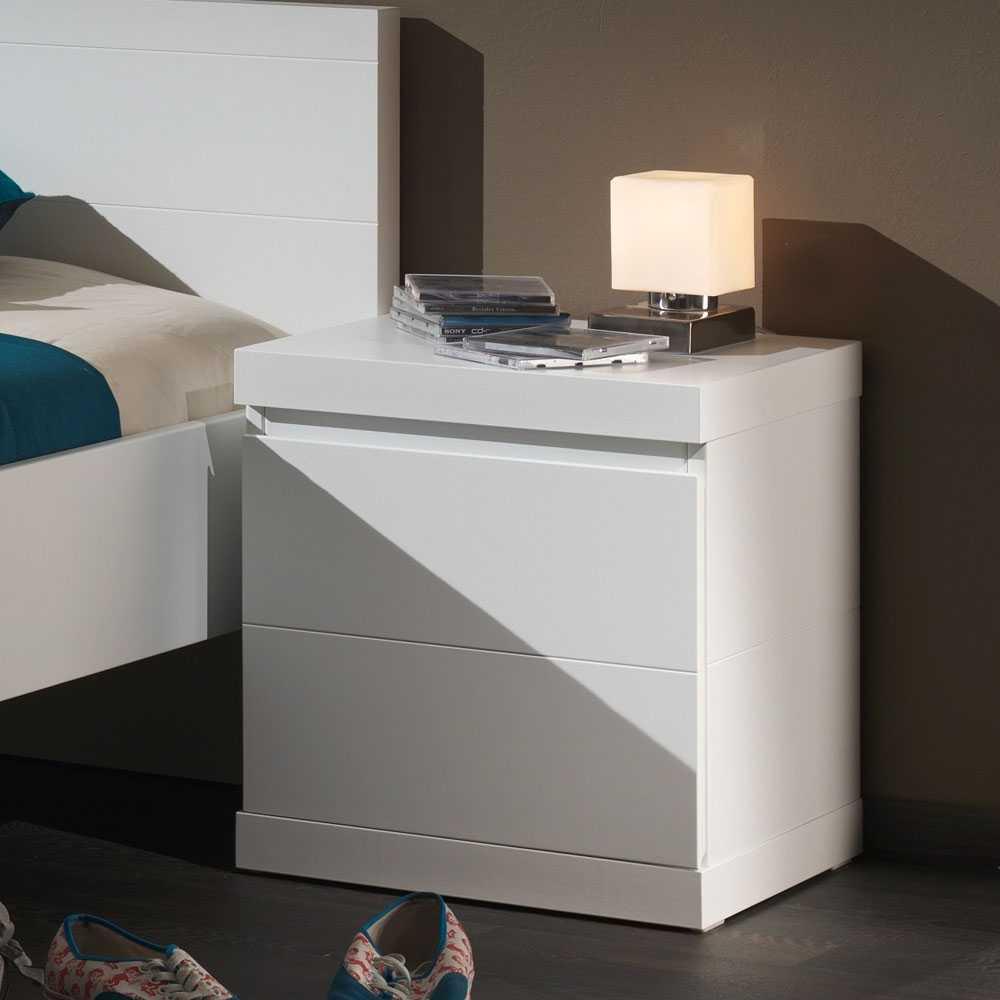 Nachttisch in Weiß lackiert online kaufen