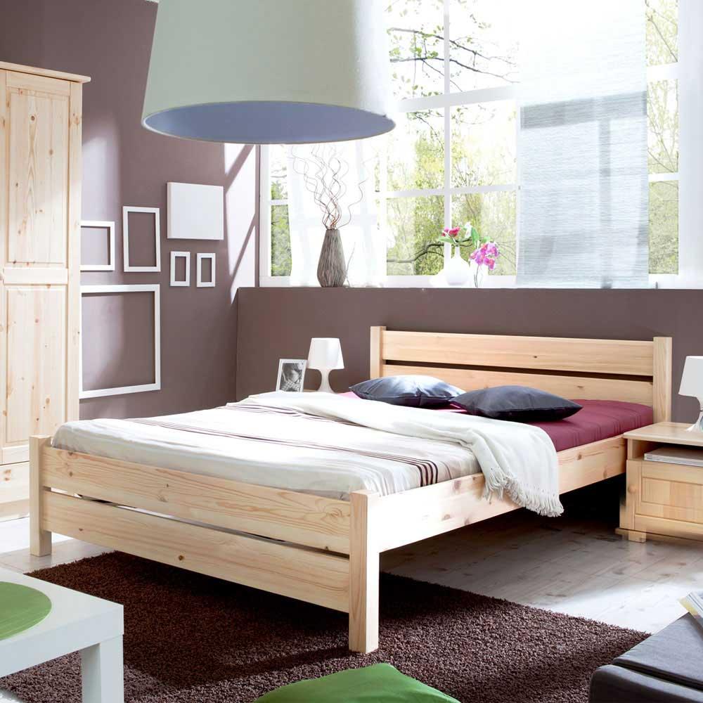 Doppelbett in Kieferfarben Massivholz