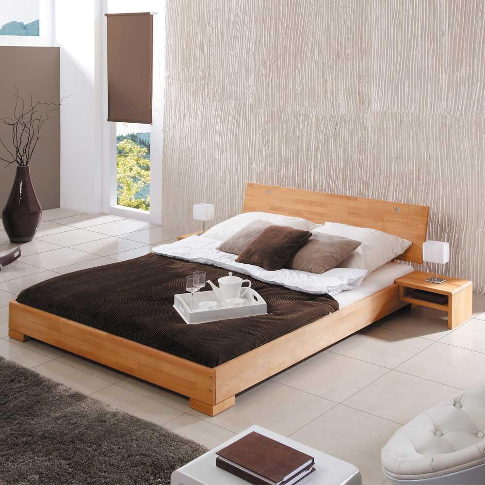 Doppelbett aus Buche Massivholz geölt