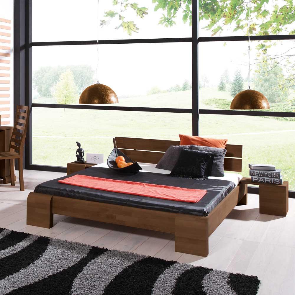 Futonbett in Nussbaumfarben modern