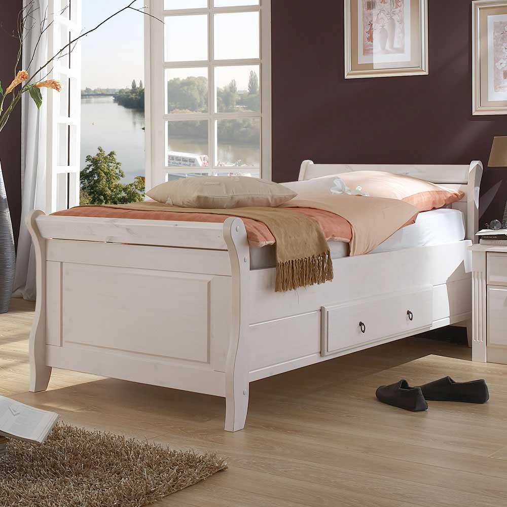 Landhaus Bett in Weiß Kiefer Massivholz | Schlafzimmer > Betten > Landhausbetten | Weiß | Massivholz | Life Meubles