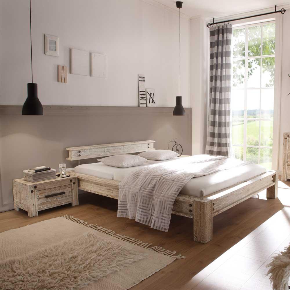 Designerbett im Vintage Style Akazie Massivholz