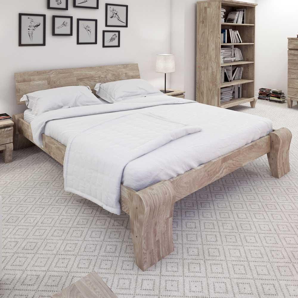 Massivholzbett aus Eiche weiß geölt modern