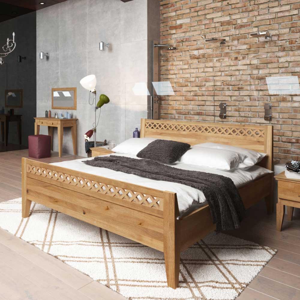 Wildeiche Holzbett massiv geölt modern