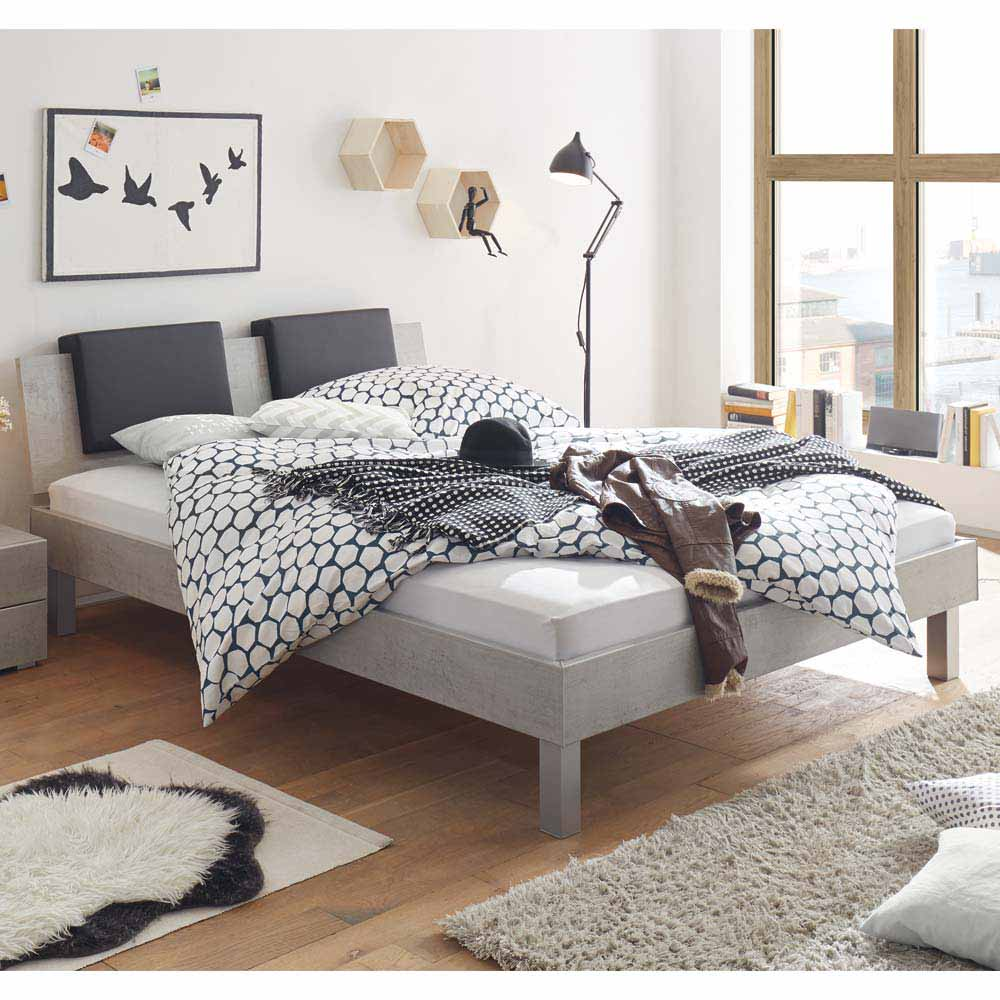 jugendbett in beton grau mit klemmkissen moebel. Black Bedroom Furniture Sets. Home Design Ideas