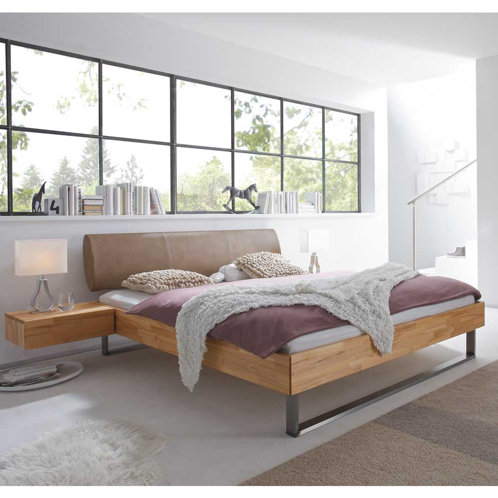 Bett aus Kernbuche Massivholz mit gepolstertem Kopfteil