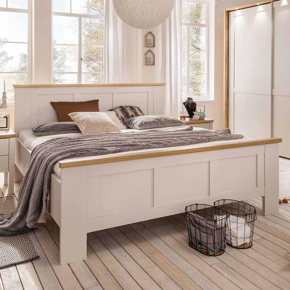 Doppelbett in Beige Eichefarben Landhaus