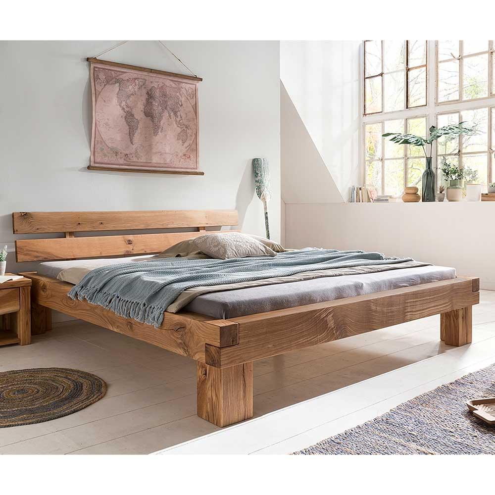 Holzbett aus Wildeiche Massivholz geölt