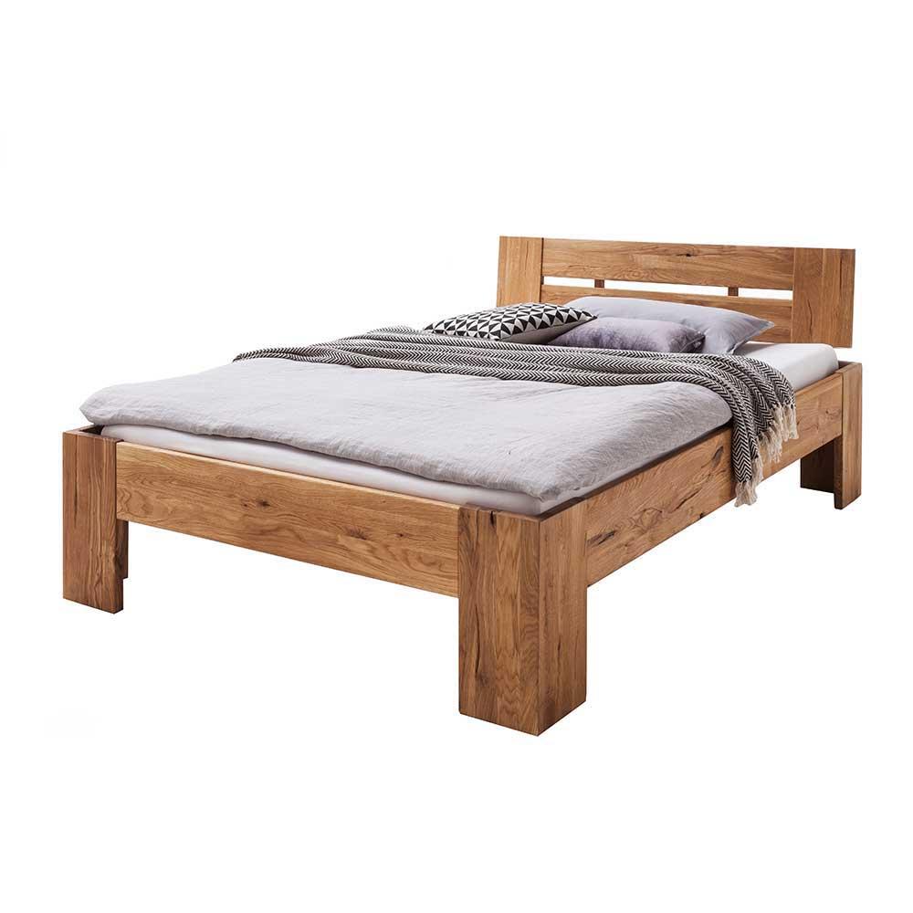 Grosses Bett aus Wildeiche Massivholz geölt