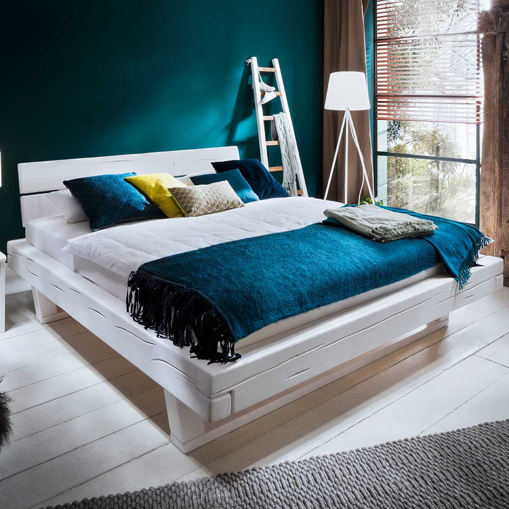 Balkenbett in White Wash Fichte Massivholz
