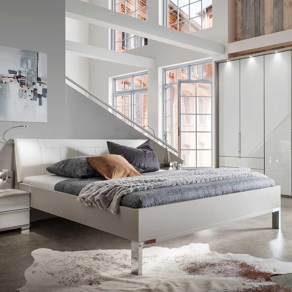 Bett und Nachtkonsolen in Hellgrau und Weiß LED Beleuchtung