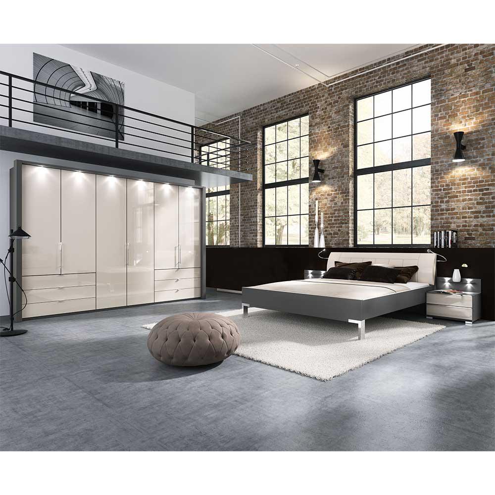 Komplettes Schlafzimmer in Braun und Creme Weiß großem Kleiderschrank (vierteilig)
