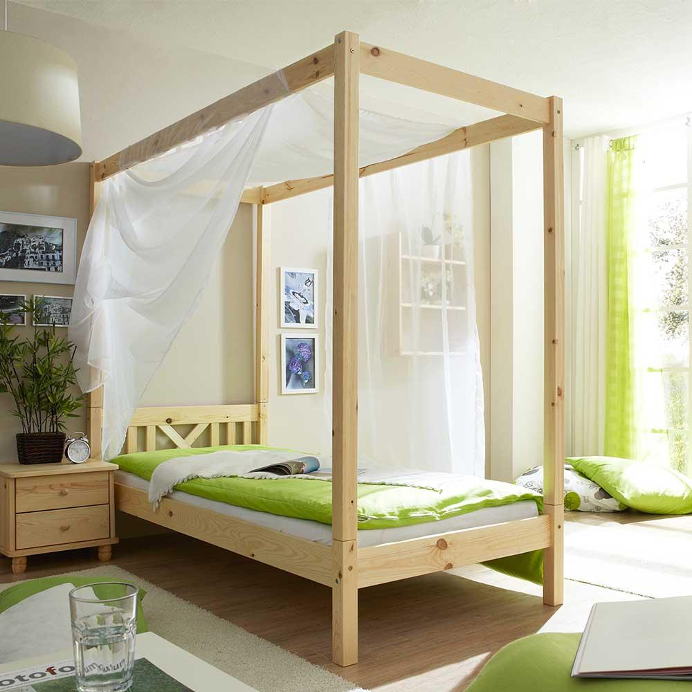 Himmel Bett aus Kiefer Massivholz modern