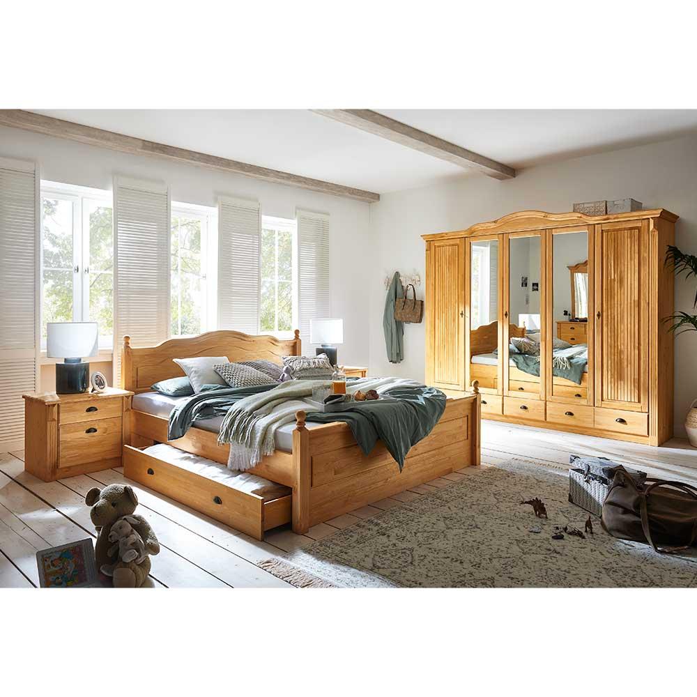Landhaus Schlafzimmer Set aus Kiefer Massivholz Doppelbett (vierteilig)