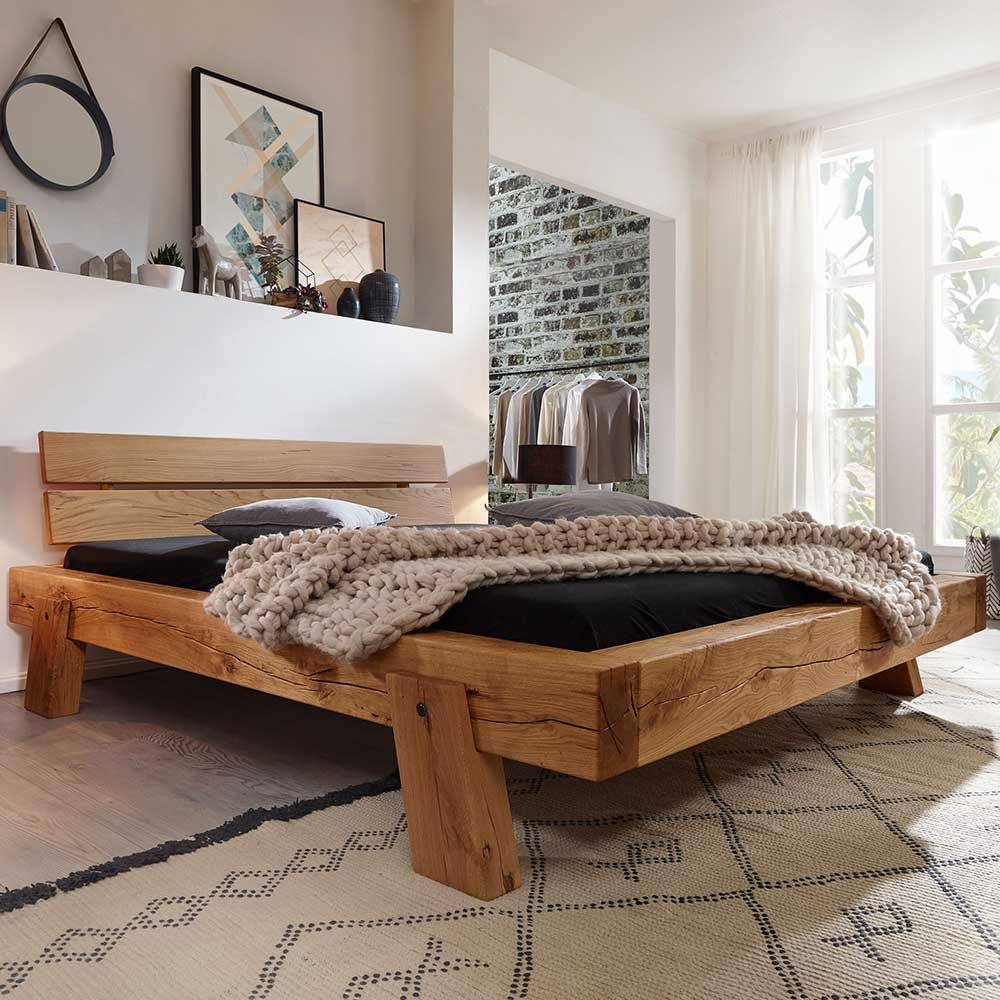Massivholzbett aus Wildeiche geölt Landhausstil