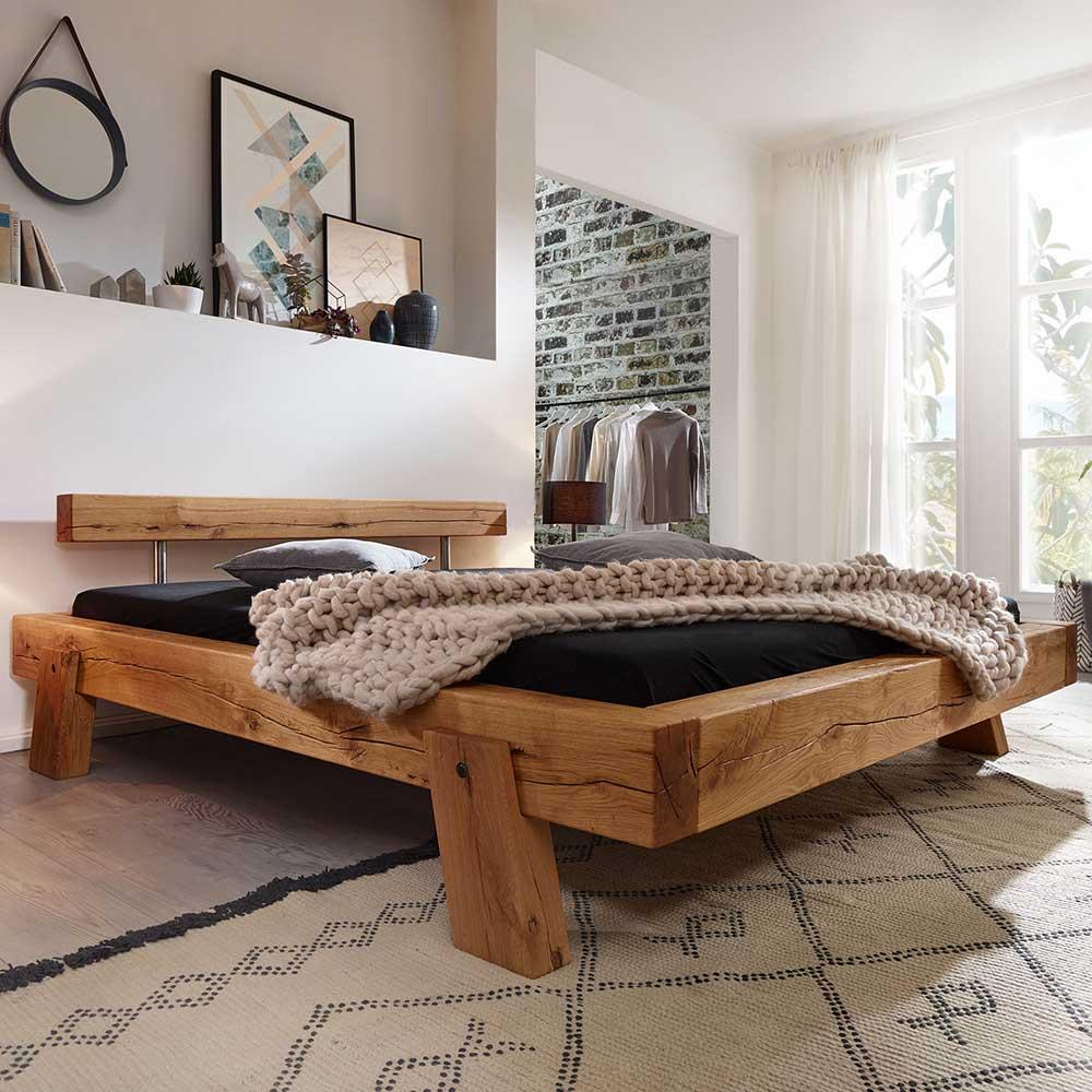 Balken Massivholzbett aus Wildeiche geölt Landhaus Design