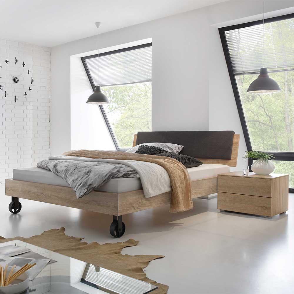 Doppelbett in Eiche Sägerau Rollen (3-teilig)