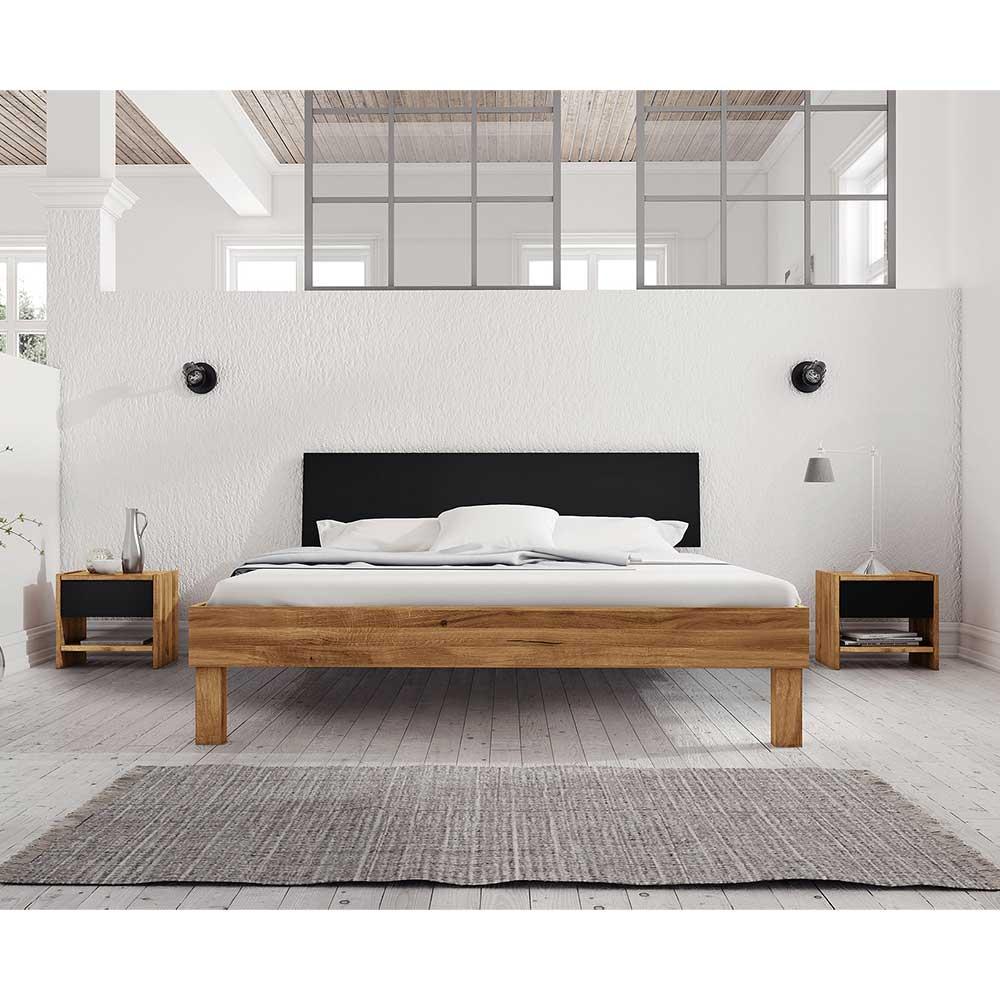 Doppelbett aus Wildeiche teilmassiv zwei Nachtkommoden (dreiteilig)