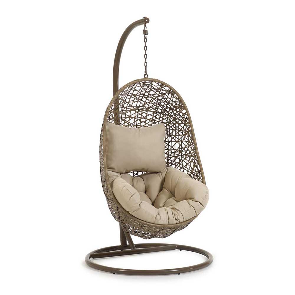 Wohnzimmer Sessel aus Kunstrattan hängend