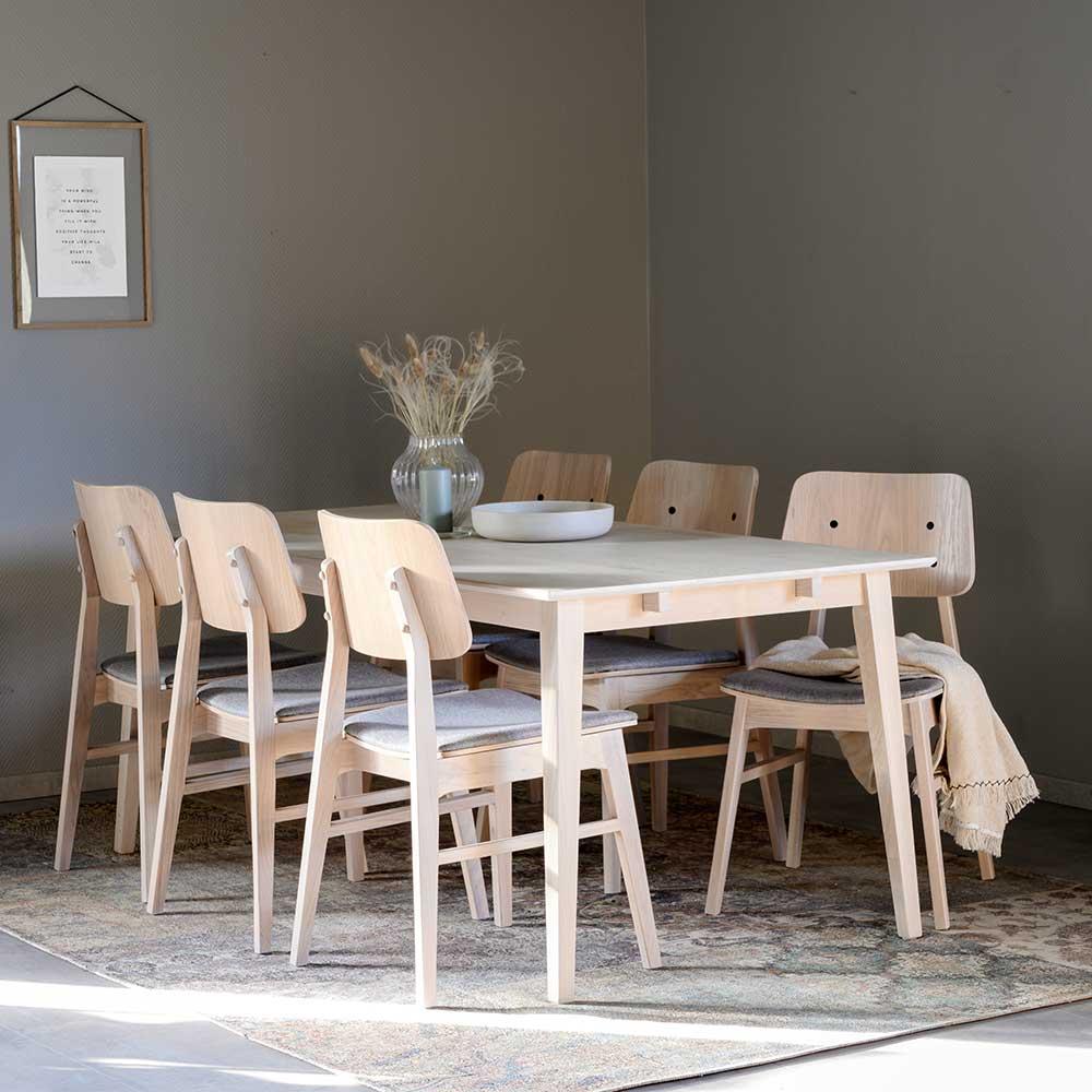 Komplette Essgruppe in Holz White Wash und Hellgrau sechs Stühlen (siebenteilig)