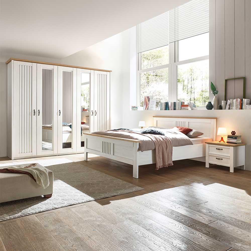 Landhaus Komplettschlafzimmer in Weiß und Eichefarben foliert (vierteilig)